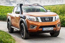 Nissan uvádí na trh model NAVARA OFF-ROADER AT32